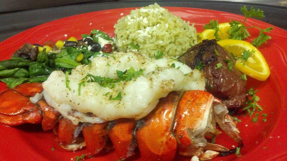 Filet-Mignon-Lobster-Tail-seafood-restaurant-Appleton-WI1